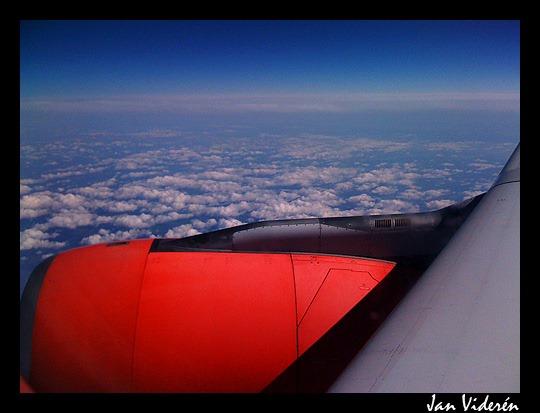 090509_airplane