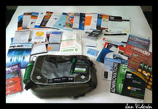 090510_conferencebag