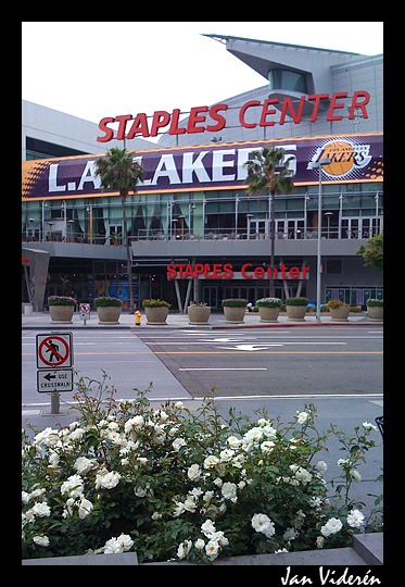 090510_staplescenter