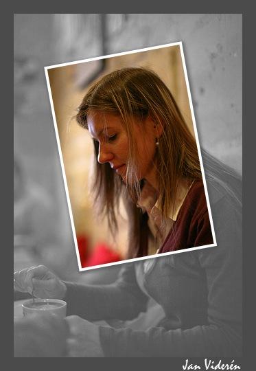Aleksandra having coffee in Paris