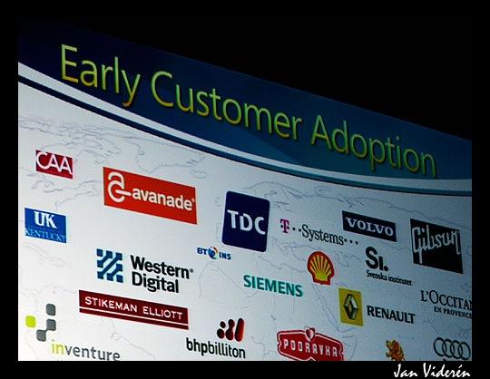 071016_early_customer_adoption