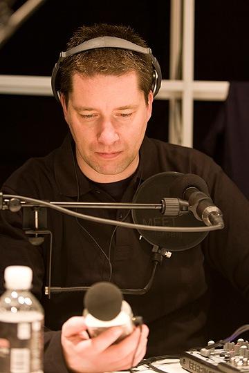 Micke Anderberg i studion